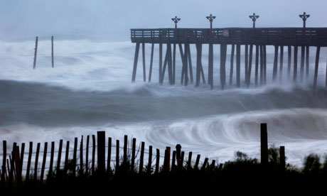 Hurricane-Irene-strikes